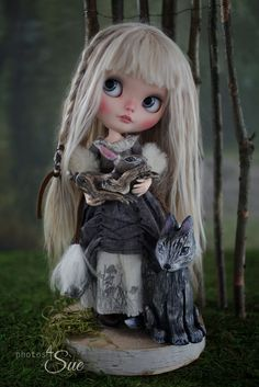 https://flic.kr/p/vd2Np5 | Sylva | Sylva, my custom Blythe and her forest friends, on their way to Auguste Clown Gallery, Fairies and Folklore Exhibition  7th - 23rd August 2015