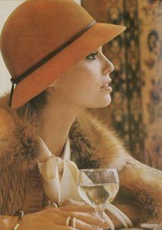 Raquel Welch by Barry Lategan for Vogue UK, 1974.  LynnSteward.com