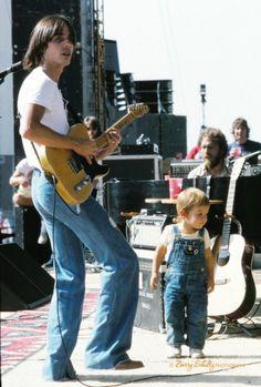 Jackson Browne and son Ethan, LA, 1975 | Barry Schultz