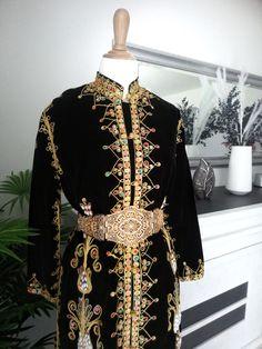 4be0d945 🌼Salut les filles je vend de magnifique robe de soirée sur mon vinted  Myakika.