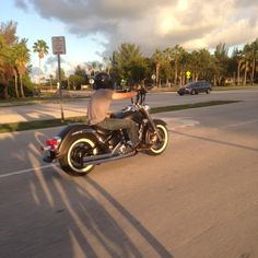 My 02' Suzuki Volusia - Cruisin Key Biscayne, Florida