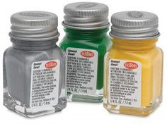 Best paint to use on glass or plastic- How to paint on glass