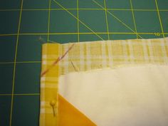 Rae pretends she can quilt (and shares a quick quilting tutorial) | Made By Rae--great binding tutorial!