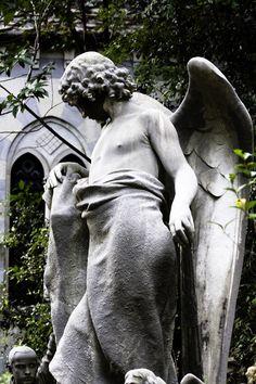 European Cemeteries: The art of sensual statues in cemeteries: The male statues