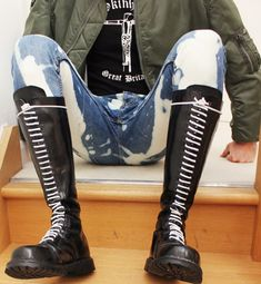 NSFW and females get blocked always tough shit Skinhead Men, Skinhead Boots, Mens Tall Boots, Skin Head, Rangers, Mens Attire, Doc Martens, Gay, Footwear