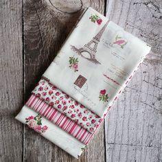 Patchworkový balíček látek Paris růžový 4 x 50 cm x 55 cm Paris, Wallet, Scrappy Quilts, Montmartre Paris, Paris France, Purses, Diy Wallet, Purse