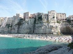 Tropea Está en Calabria, junto al mar Tirreno. Italia