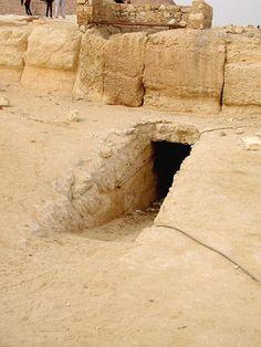 tumba osiris.jpg (300×400)