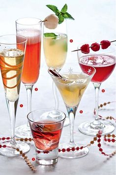 fun vodka drinks tipsy bartender fun vodka drinks - fun vodka drinks cocktails - fun vodka drinks tipsy bartender - fun vodka drinks parties - fun vodka drinks alcohol - fun drinks with vodka - fun summer drinks alcohol vodka - fun summer vodka drinks Champagne Cocktail, Cocktail Drinks, Cocktail Recipes, Vodka Cocktails, Summer Drinks, Fun Drinks, Beverages, Christmas Cocktails, Christmas Tea
