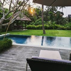 Not a bad spot for a morning meditation #peace #happiness #love #meditation #motivation #soul #mind #breathe #universe #instagood #pic #photo #nature #believe #live #energy #focus #earth #spiritual #truth #travel #travelgram #awareness #coaching #bali  #consciousness #learn #change #bliss @easymeditationclub