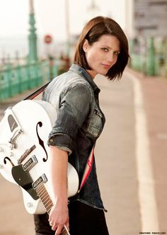 Heather Peace is just lovely. She was the reason we watched 'Lip Service'