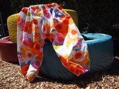 Pantalón bombacho de algodón estampado primaveral. P002. 17€