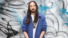Steve Aoki Reveals The Hilarious Way Louis Tomlinson Got Him To Team Up For 'Just Hold On' https://tmbw.news/steve-aoki-reveals-the-hilarious-way-louis-tomlinson-got-him-to-team-up-for-just-hold-on  Steve Aoki is the king of collaborations, and you'll want to know all about the unexpected way that Louis Tomlinson tracked him down to work on 'Just Hold On!' Plus, WATCH Steve's new video with 2 Chainz.This interview withSteve Aokihas been edited and condensed for clarity. You can watch the…