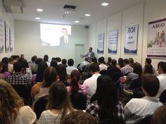 """Workshop """"Como Revolucionar suas vendas com as mídias sociais""""."""