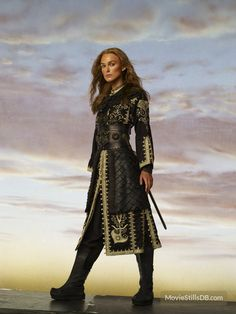 Keira Knightley, Keira Christina Knightley, Elizabeth Swann, Pirate Queen, Pirate Woman, Pirate Art, Caleb, Movie Costumes, Pirates Of The Caribbean