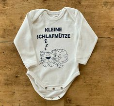 "Baby Body Motiv ""Kleine Schlafmütze""   eBay Babys, Onesies, Clothes, Fashion, Fashion Styles, Clothing Accessories, Babies, Outfits, Moda"