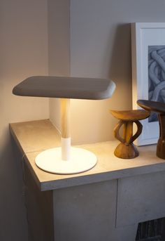 Une lampe eco design, Goodbyeedison! http://www.sogreendesign.com/fr/luminaires/lampes-a-poser/lampe-woody.html