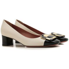 Offers Bally Womens Shoes from the latest Bally Shoes Collection. Fashion Details, Fashion Design, Shoes 2017, All About Shoes, Coco Chanel, Shoe Collection, Women's Shoes Sandals, Me Too Shoes, Kitten Heels