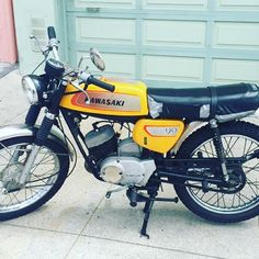 1971 Kawasaki G3SS 90cc. Sunset Small Bikes Club!!! More to come !!! #g3ss #sunsets #vintage #vintagemotorcycle #oldschool #sanfrancisco #sf #2stroke #motorcycle #dirtbike #kawasaki #sidewinder #90cc #forsale #beachlife #Westfalia #vanagon #vwbus