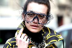 Netted frames.... Into the net - Vogue.it