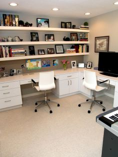 I live the home office. Home Office inspiration. Home Office Organisation ideas. Home Office Space, Home Office Design, Home Office Decor, House Design, Office Designs, Office Ideas, Office Setup, Office Workspace, Office Style