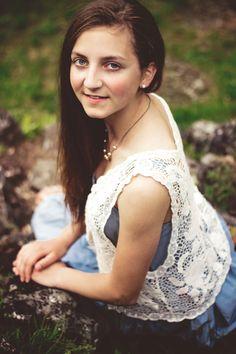 2017 | v krajkách #portrait #photography #photoshoot #inexpertphoto #mood #moodphoto #moodphotography #model #photomodel #czechgirl #portrétnífotografie #beautiful #mystery #secret #reverie #snění #sen #dream