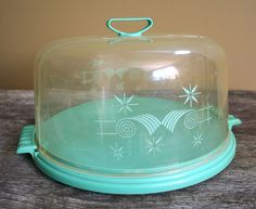 Lustro Ware cake carrier - wouldn't this be nice to have....
