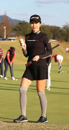Michelle Wie, Golf Wear, Lpga, Thigh High Socks, Great Women, Golf Outfit, Ladies Golf, Sport Fashion, Sports Women