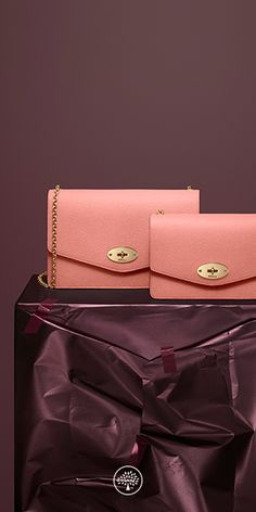 A classic clutch, iconic detailing and beautiful veg tanned leather - The Darley is elegant with a detachable chain strap.