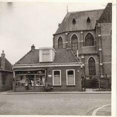 Oude winkel van Jaring de Wolff nabij de kerk.