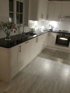 Wren Linda Barker linen kitchen. Amtico white wash wood flooring