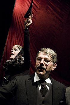 """Teatro Arsenale """"Il banchiere anarchico"""""""