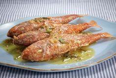 mparpounia me dentrolivano Greek Recipes, Fish Recipes, Seafood Recipes, Cake Recipes, Dessert Recipes, Cooking Recipes, Cooking Ideas, Food Ideas, Greek Meze