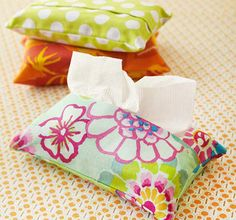 8-adorable-sewing-projects-for-beginners  http://blogs.babble.com/family-style/2012/06/19/8-adorable-sewing-projects-for-beginners/?pid=23122#tissue-pack-cover