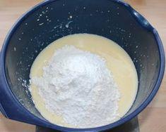 Joghurtos-meggyes piskóta | Alajuli receptje - Cookpad receptek Pudding, Desserts, Food, Tailgate Desserts, Deserts, Custard Pudding, Essen, Puddings, Postres