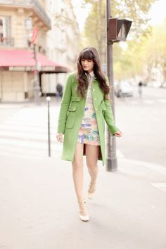 Tara Jarmon Manteau, skirt and shirt stretsis, shoes chloè Tara Jarmon, Lookbook Mode, Fashion Lookbook, Fashion Trends, Coral Pantone, Blue Photography, Beautiful Frocks, Art Blue, Cherry Blossom Girl