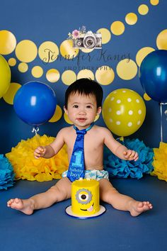 Inspiration For New Born Baby Photography : Minions Inspired Cake Smash Jennifer Kanos Photography Upland CA Minions Birthday Theme, Minion Party Theme, Birthday Cake Smash, Baby First Birthday, 1st Birthday Parties, Monster Smash Cakes, Bolo Mickey, 1st Birthday Pictures, Cake Smash Photos