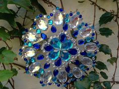 Mandalas con CDs reciclados | Tarjetas Imprimibles Suncatchers, Hanukkah, Wreaths, Home Decor, Patio, Google, Copper, Mason Jars, Garlands