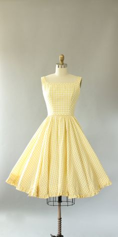 Vintage 50s Lanz light yellow gingham print cotton sundress with AMAZING low back. Matching waist tie is attached and secures in back. Full
