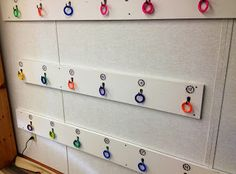 Math Rings Game - Use book bag hooks for students to sort the answers to math problems written on rings. Answers To Math Problems, Teaching Math, Teaching Ideas, Ring Game, Teachers Corner, Back To School, School Stuff, Math Class, Used Books