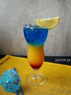 Liquor Drinks, Alcoholic Drinks, Beverages, Summer Cocktails, Cocktail Drinks, Blue Curacao, Smoothie Drinks, Smoothies, Colorful Drinks