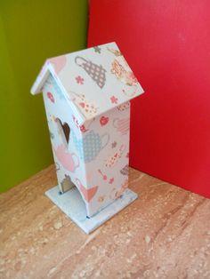 Domček na čajové vrecká Stool, Bird, Outdoor Decor, Furniture, Home Decor, Decoration Home, Room Decor, Birds, Home Furnishings