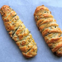 Prue Leith's Veggie Sausage Plaits - fantastic buttery, flaky pastry stuffed with spinach, feta, and spices. Messy Bun With Braid, Braided Buns, Messy Buns, Veggie Recipes, Great Recipes, Veggie Meals, Sausage Plait, Pepperoni Bread, Veggie Sausage