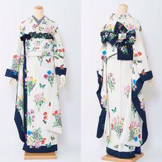 Pin by bip on 服飾 Fashion Moda, Kimono Fashion, Lolita Fashion, Fashion Outfits, Womens Fashion, Yukata Kimono, Kimono Dress, Japanese Costume, Japanese Kimono