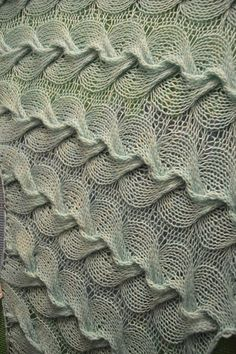 TeaKnitPurl's Icterine (Curls)