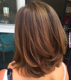 Long Bob Hairstyles For Thick Hair, Haircut For Thick Hair, Long Bob Haircuts With Layers, Haircut For Medium Length Hair, Layered Haircuts For Medium Hair, Medium Hair Cuts, Medium Hair Styles, Short Hair Styles, Medium Length Hair Cuts With Layers