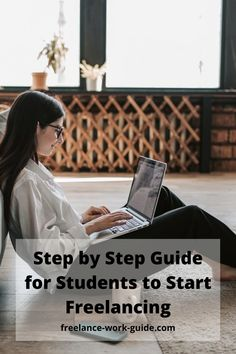 Starting out freelancing as a student without a guide can be tough and this article helps students starting the freelancing journey. #Freelance #Students #Starting #Guide Freelance Online, Freelance Sites, Online Work From Home, Work From Home Moms, New Career, Career Help, How To Get Money, Online Jobs, Starting A Business