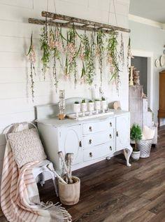 CottonStem.com spring farmhouse decor entryway.jpeg