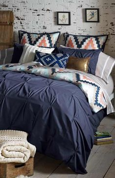 OBSESSED with this cozy bedding.