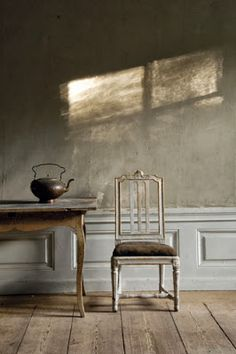I Love: Classic Eighteenth-Century Swedish Interiors Swedish and Gustavian Furniture From Lars SjobergSwedish and Gustavian Furniture From Lars Sjoberg Swedish Interiors, Scandinavian Interior, Scandinavian Style, Swedish Decor, Swedish Style, Wabi Sabi, Vibeke Design, Deco Addict, Interior Decorating